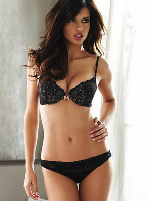 I think that Adriana Lima is the hottest Victoria Secret Angel that has ever