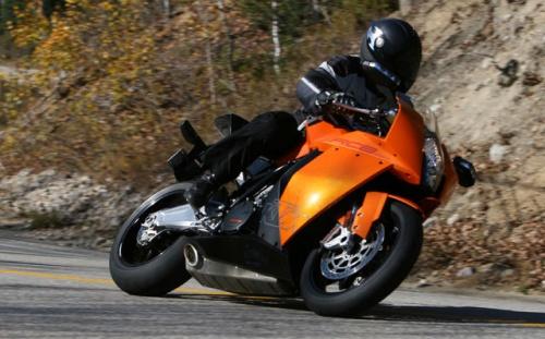 2010_KTM_RC8