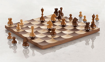wobble-chess-set1.jpg